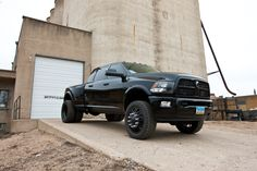 Nothing beats a cummins! Lowered Trucks, Dually Trucks, Dodge Trucks, New Trucks, Cool Trucks, Pickup Trucks, Lifted Trucks, Dodge Cummins Diesel, Diesel Trucks
