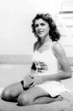 Throwback Thursday: Who Is This 1946 Bathing Beauty?