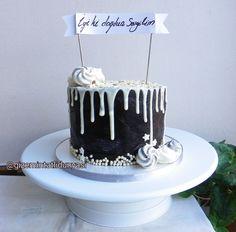 (@gizemintatlidunyasi): Bitter sevenlere ❤️ #dripcake Pasta Cake, Drip Cakes, Bitter, Cupcake Cookies, Cake Pops, Cakes, Cake Pop, Cakepops