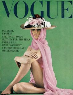 Old Vogue cover, o lala look at those beautiful pink and green colors