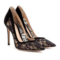Gianvito Rossi Lace and Suede Pumps (€390) ❤ liked on Polyvore featuring shoes, pumps, heels, sapatos, scarpe, black, lace heel shoes, black suede shoes, kohl shoes and lacy shoes