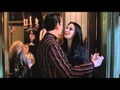 La Familia Addams (Película Completa, Castellano) - YouTube