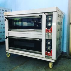 HTR-40H 2-deck baking oven with 4 pcs. 60 x 40 cm tray capacity (LPG heated) available here or visit www.mrmetalcorp.com for your inquiries. #cebu #food #foodporn #bakery #pastry #bread #dough #oven #culinary #catering #hotel #restaurant #fooservice #catering