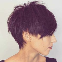 40 Cute Short Haircuts for Women 2019 - Short hairstyles for many women have a very fine hair structure. To volume the thin hair, there are some hairstyles that optimally fumble around. Modern Bob Hairstyles, Hairstyles Haircuts, Cool Hairstyles, Pixie Haircuts, Hairstyle Ideas, Short Hair Cuts For Women, Short Hairstyles For Women, Cute Short Haircuts, Edgy Hair