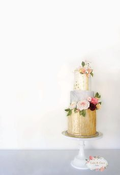 Marble Gold Wedding Cake by Cobi & Coco Cakes - http://cakesdecor.com/cakes/239087-marble-gold-wedding-cake