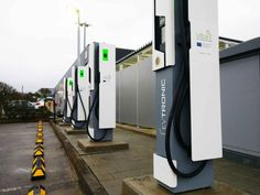 First public ultra-fast EV charging station in Europe is now operational Ev Charger, Electric Car Charger, E Electric, Electric Vehicle, Electric Charging Stations, Digital Signage, Stage Design, Marketing Digital, Solar Power