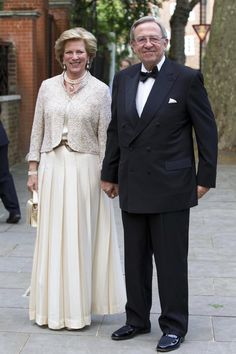 King and Queen of Greece Greek Royalty, Spanish Royalty, Princesa Real, Princesa Diana, Real Princess, Princess Anne, Casa Real, King Queen, Queen Anne