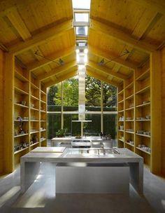 Minimalist lake house in Munich