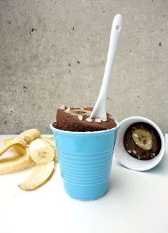 Chocolate Banana Buckwheat Mug Cake (vegan, gluten-free) | curlsnchard.com