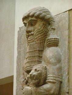 Sumer: Gilgamesh......Département des Antiquités Orientales. Louvre