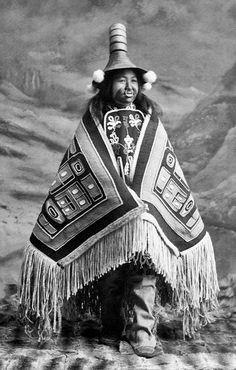 Haida woman Native American Photos, Native American Women, Native American History, Native American Indians, Aboriginal Culture, Aboriginal Art, Native Girls, Haida Art, Native Design