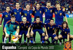 The Spanish team kicks off tonight in Brazil, The Spanish team of Vicente Del Bosque traveling today from United States to Brazil, home of the FIFA World Cu Spanish Soccer Players, Soccer Teams, Xavi Hernandez, Brazil News, Fifa World Cup, Real Madrid, Funny, Nostalgia, Kicks
