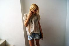 Blusa/Bluse: Topshop  Shorts: H & M  Flats/Shoes: Topshop  Bolso/Bag: Topshop