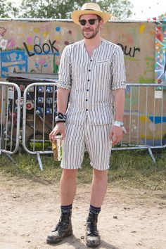 In honour of the fantastic Reasons Music and Arts Festival in Jersey last weekend, we thought we'd take a look at some of the best festival fashion from years gone by. Now it's so much more then just flinging on a pair of denim shorts and t-shirt, it's a real catwalk out there! From Alexa Chung in her signature mini-dress and Daisy Lowe in a khaki boiler suit to Will Young in a striped shorts and shirt combo and Pete Doherty in a full on suit! The field really is your time to shine!