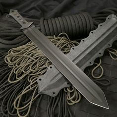 Ancient Weapon of my choice for the right hand (Gage Custom Knives - Tactical Gladius Sword)