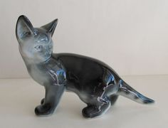 RARE ARABIA FINLAND LARGE PORCELAIN CAT FIGURINE 1950's SIGNED #ARABIA