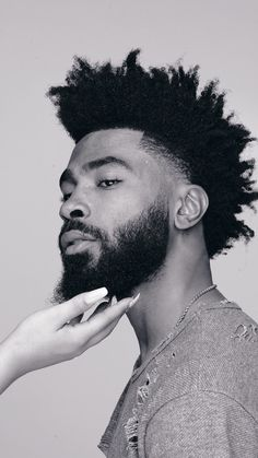 Men, Terra Oils are for you too. Let that fro glow, let your beard grow to its., Bathroom Ideas For Men Styles blackmen Black Men Haircuts, Black Men Hairstyles, Dreadlock Hairstyles For Men, African Hairstyles, Handsome Black Men, Beautiful Black Girl, Curly Hair Cuts, Curly Hair Styles, Dreads