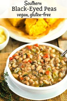 Southern Black-Eyed Peas (Vegan) - Healthier Steps Enjoy flavorful and classic Southern Black-Eyed Peas (Vegan). seasoned with onions, garlic, peppers, and thyme. Oh my this Southern Black Eyed Peas recipe is so comforting on cold winter nights. Pea Recipes, Soup Recipes, Vegetarian Recipes, Healthy Recipes, Lunch Recipes, Crockpot Recipes, Chicken Recipes, Healthy Food, Healthy Eating