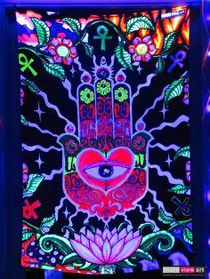 Psychedelic Art, Blacklight Tapestry, Black Light Room, Hippie Bedroom Decor, Hippie Bedrooms, Boho Decor, Trippy Tapestry, Hippy Room, Neon Room