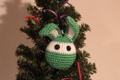Décoration de sapin de Noël (lapin au crochet)