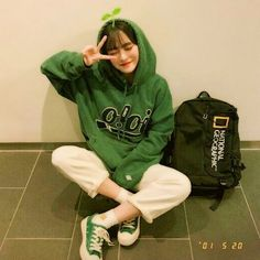 milkybambi ૮( ᵒ̌ૢཪᵒ̌ૢ )ა Korean Photo, Cute Korean, Grunge Style, Soft Grunge, Ulzzang Fashion, Korean Fashion, Ulzzang Korean Girl, Uzzlang Girl, Girl Fashion