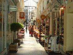 Passage Saint-André #Paris  59 rue Saint-André-des-Arts / 130 boulevard Saint-Germain
