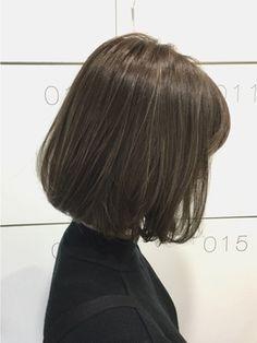 ABBEY2 ボブ×officeでも浮かないハイライト外国人風アッシュ/ABBEY2 【アビーツー】をご紹介。2016年秋冬の最新ヘアスタイルを100万点以上掲載!ミディアム、ショート、ボブなど豊富な条件でヘアスタイル・髪型・アレンジをチェック。