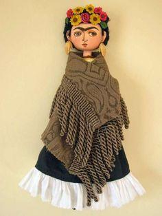 Muñeca de trapo de Frida Kahalo, pintora mexicana reconocida internacionalmente, esposa de Diego Rivera