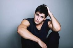 Charlie Matthews Top Male Models, bio, Pictures, Photo Gallery. Charlie Matthews is 1st generation Serbian American Male model from Los Angeles.