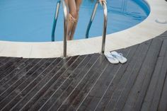 Ideas para un deck lujoso para una piscina sobre el nivel del suelo | eHow en Español
