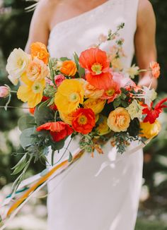 Our Favorite Bouquets from 2017 - poppy yellow and orange     #bouquet #weddingbouquet #bouquetinspiration
