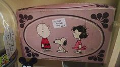 CollectPeanuts.com on Facebook - Finding Snoopy! Jessica shares the Peanuts collectibles she saw while on an antiquing spree in Niles California.   Join the Snoopy Spotters! Post photos of your Peanuts finds on the CollectPeanuts.com Facebook wall.