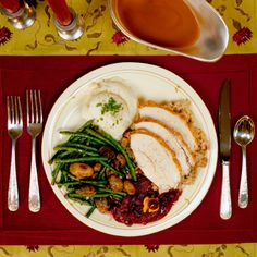 """3 """"Skinny"""" Thanksgiving Sides (Sweet Potatoes and Stuffing Included!)"""