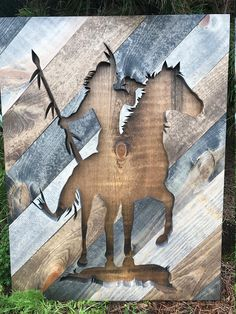 Arte de pared silueta de indio nativo americano rústico
