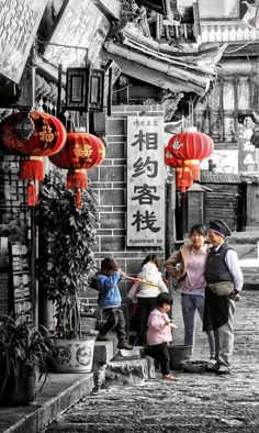 China Travel Inspiration - Life in Lijiang, Yunnan, China
