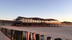 Het Cadzandse Dok 14 mag zich dit jaar het beste strandpaviljoen van Zeeland noemen. Het paviljoen, dat deze week ook zijn eenjarig jubileum vierde, liet de andere 98 Zeeuwse paviljoens achter zich. De uitslag werd vandaag bekendgemaakt door organisator Strand Nederland in Scheveningen.