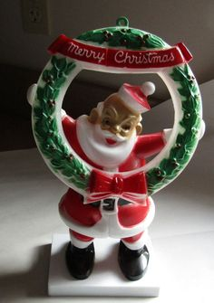 Vintage Christmas Hard Plastic Large Santa Claus With Merry Christmas Wreath