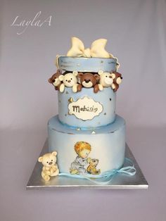 Teddy bear cake - cake by Layla A 1st Birthday Cake For Girls, Elegant Birthday Cakes, Baby Birthday Cakes, Baby Boy Cakes, Teddy Bear Cookies, Gravity Cake, Baby Cake Topper, Bear Cakes, Cute Cakes