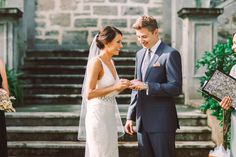 How to choose a wedding ring: tips and inspiration to create your wedding set - Wedding Party
