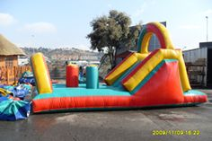 gladiator obstacle Castles, Joy, Park, Outdoor Decor, Chateaus, Glee, Parks, Being Happy, Castle