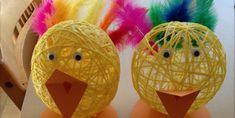 Garnkugler. Se vejledningen på linket. Kids And Parenting, Christmas Bulbs, Easter, Holiday Decor, Rose, Design, Education, Creative Crafts, Hobbies