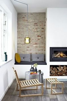 Get More Redoubtable Scandinavian Living Rooms Fireplace Ideas. 43 Amazing Fireplace Ideas For Scandinavian Living Rooms Choosing to include a Scandinavian Living Space to your house can provide y. Living Room Decor Fireplace, Home Fireplace, Fireplace Design, Fireplace Ideas, Fireplace Pictures, Best Living Room Design, Living Room Modern, Living Room Designs, Living Rooms