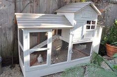 Chickens!!! Red Door Home: August RDH Blog of the Month – Velvet and Linen