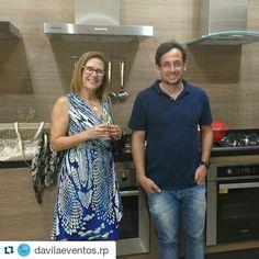 #Repost @davilaeventos.rp with @repostapp  Katia Brooks e Alex Palermo em Happy Hour organizado pela D'Avila Eventos e Relações Públicas na MB Eletro