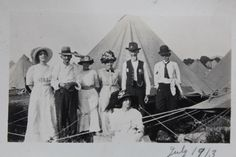 Civil War Veterans and their family at the 1913 Gettysburg reunion. Original unpublished snapshot.