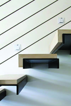 Detail of the self-supporting stair fasteningTo learn how to design a cantilevered staircase, visit homedesigntutoria . design construction architecture floating trendy ideas for interior stairs in apartment trendy ideas for the interior staircase Interior Staircase, Stairs Architecture, Modern Staircase, Interior Architecture, Modern Railing, Architecture Restaurant, Spiral Staircases, Architecture Tattoo, Interior Modern