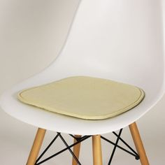 Eames seat cushionEames Eames DSW  DSR  DSS Style Faux Leather Seat Pad   Eames from  . Eames Dsw Dsr Dss Faux Leather Seat Pad. Home Design Ideas