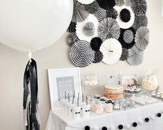 Bear Bear's First Birthday – A modern black and white party