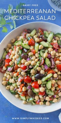 Mediterranean Chickpea Salad (Vegan) - Simply Whisked - Mediterranean Chickpea Salad – Simply Whisked Best Picture For recipes easy For Your Taste You - Chickpea Salad Recipes, Bean Salad Recipes, Healthy Salad Recipes, Vegetarian Recipes, Cooking Recipes, Garbanzo Bean Recipes, Garbanzo Bean Salads, Bean Salad Vegan, Recipes With Chickpeas