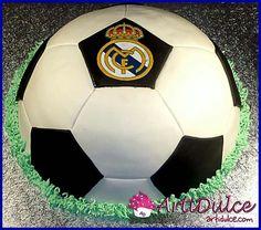 Tarta balón de fútbol madridista